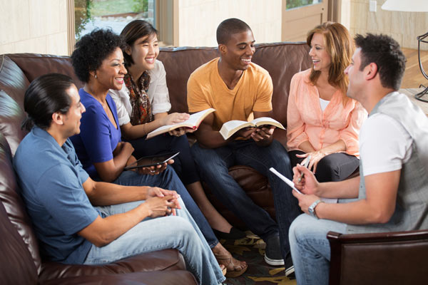5 Ideas on How to Break the Ice in a New Bible Study Group