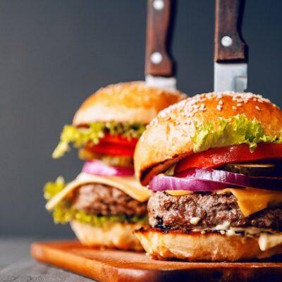 Warren Van Dam – Tips on Making The Perfect Burger